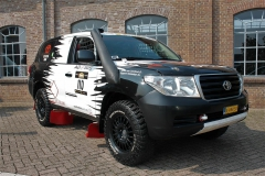 toyota-land-cruiser-v8-rally-raid-2011-47-910-km-full-dakar-spec-fia-africa-edition-3
